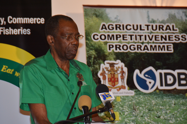 Ministry of Industry, Commerce, Agriculture and Fisheries, J.C. Hutchinson talking about bee farmers