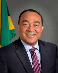 Christopher Tufton promotes healthy lifestyle
