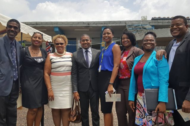 Members of the ministry and staff off education community college