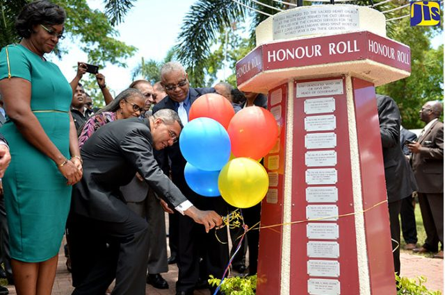 prime minister Inducted Into UWI Park of Honour