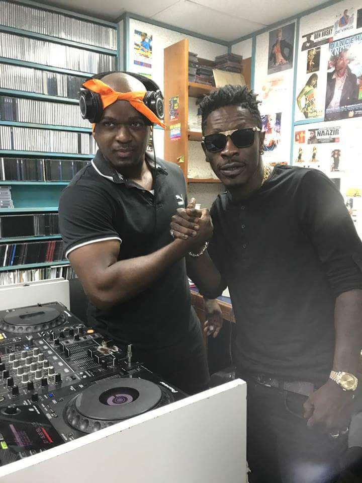 Photo: Shattawale Talks with Media In Jamaica